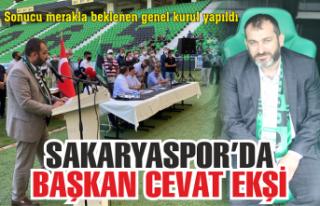 Sakaryaspor'un başkanı Cevat Ekşi